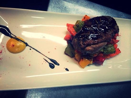 Kantina Cafe & Wine: Duck Breast