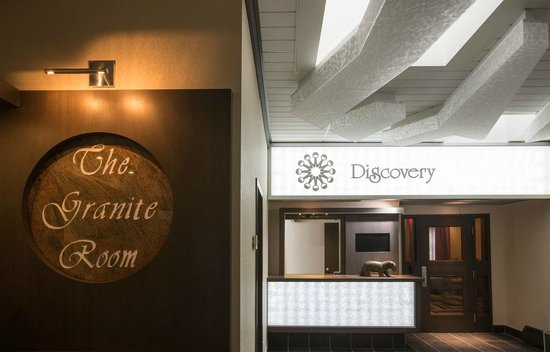 The Discovery Hotel: Lobby #2