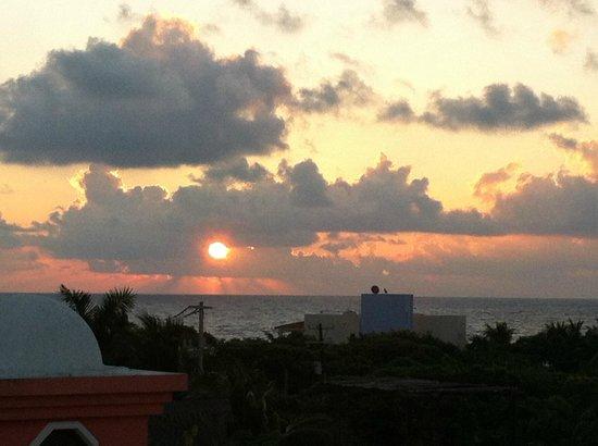 Casa and Casitas Tranquilidad: Sunset.