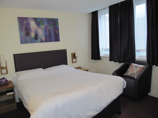 Premier Inn Brighton City Centre Hotel: Our room