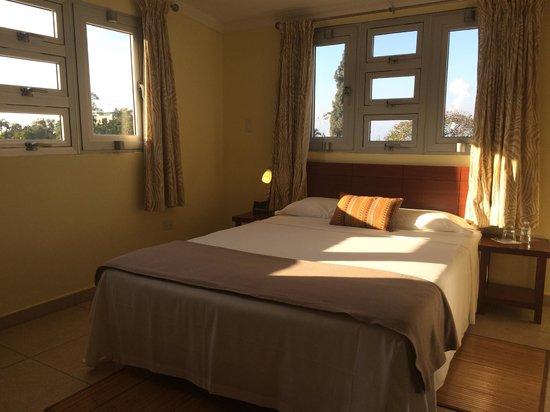 Allamanda Hotel : 2nd floor room