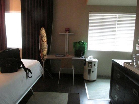 Catalina Hotel & Beach Club : Desk