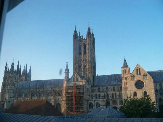 Canterbury Cathedral Lodge: The Cathedral from our Window