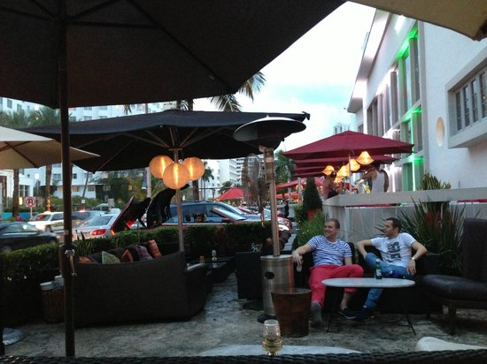 Maxine's Bistro & Bar: grounds