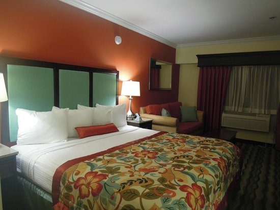 Best Western Plus Palm Beach Gardens Hotel & Suites & Conference Center: Room