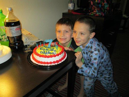 Holiday Inn Express Suites Vinita: 7 years old