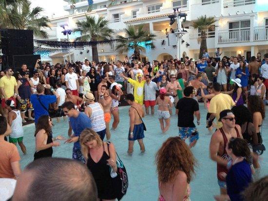 Ushuaia Ibiza Beach Club : Ushuaia nightclub in Ibiza (Oct 2013)