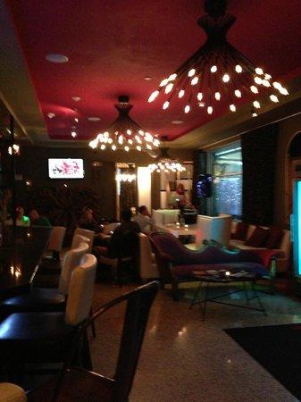 Catalina Hotel & Beach Club : lobby area 2nd building