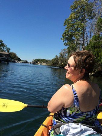 A Crystal River Kayak Company: Kayaking toward the Three Sisters Spring
