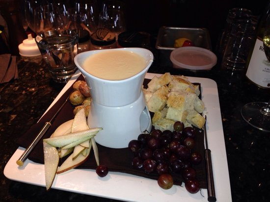 Lookout Cabin: Cheese fondue