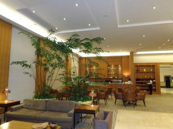 Royal Palm Plaza Resort: bar