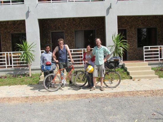 Arun Rass Guest House : Friendly hosts.