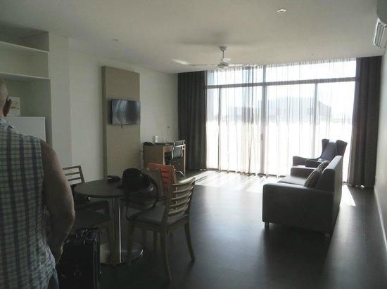 Mawson Lakes Hotel: Lounge