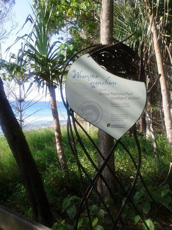 Noosa National Park: Entrance sign to the park