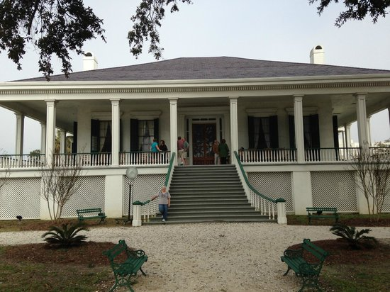Beauvoir: The grand home on the Jefferson Davis property.