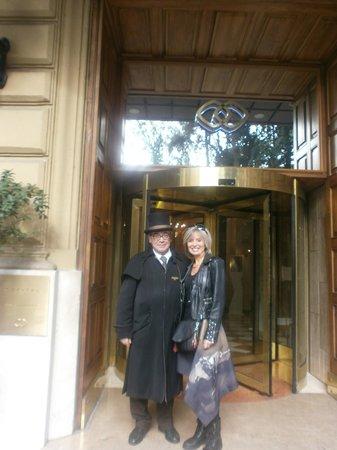 Sofitel Rome Villa Borghese : Charmant portier