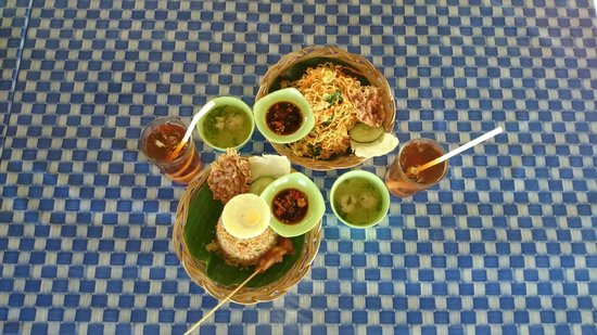 Bali River Tubing: Lunch is served