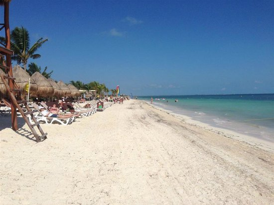 Excellence Playa Mujeres: the beach