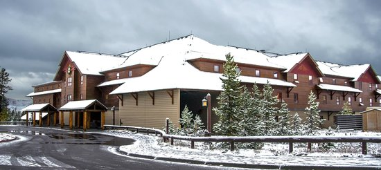 Old Faithful Snow Lodge and Cabins : Old Faithful Snow Lodge