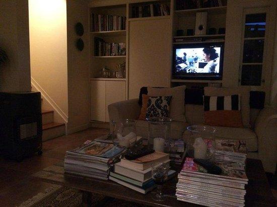 Maison du Bois: TV Area