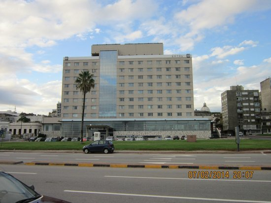NH Montevideo Columbia: O hotel
