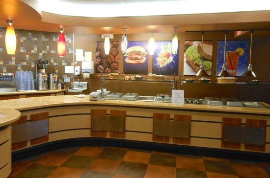 Sweet T's Restaurant: Buffet Bar