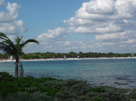 Grand Palladium Kantenah Resort and Spa: Beach