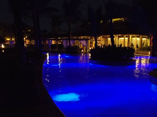 Excellence Punta Cana: Pool at night