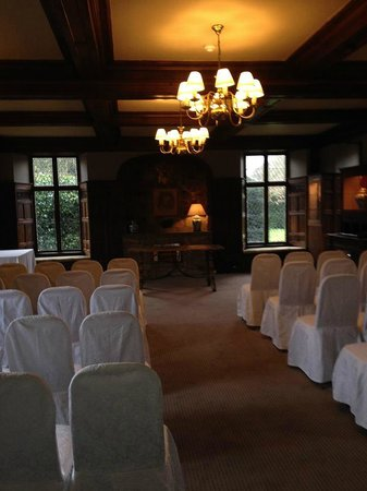 Rothley Court: this room also has a bar area.. it also leads onto the patio area.