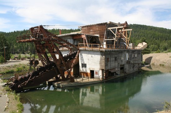 Sumpter Valley Railway: Gold Dredge At Sumpter Junction