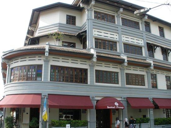 Hotel Penaga: Hotel Entrance