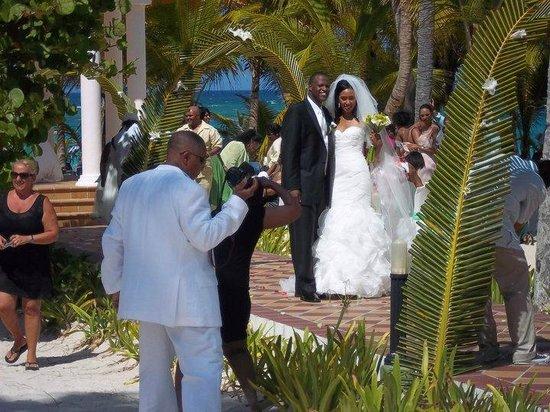 Hotel Riu Palace Punta Cana : casamiento en la playa!