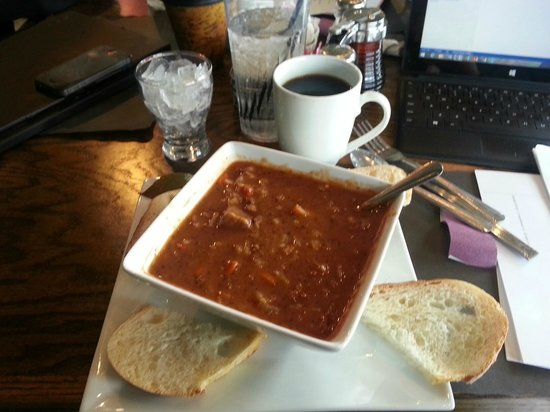 Harvest Cafe: Outstanding pepper soup...see size of the bowl? a meal!