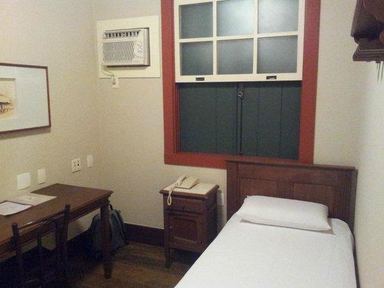 Hotel Quadrado: Quarto de solteiro
