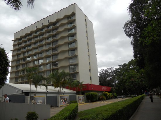 Royal On The Park: The hotel from park side
