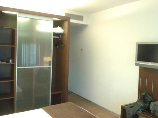 Ayre Hotel Gran Via: amplias habitaciones