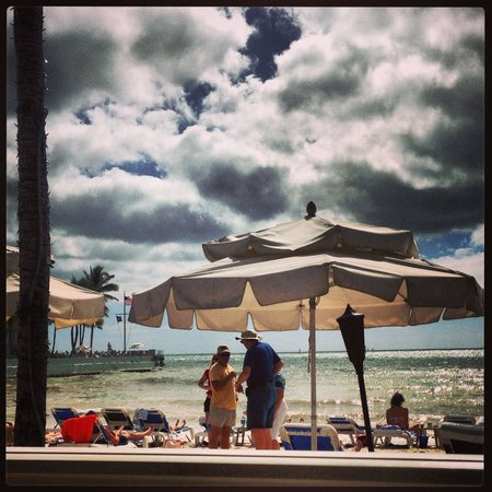 Southernmost Beach Resort: View from breakfast on the beach