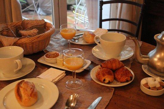 L'Eveche : Petit déjeuner