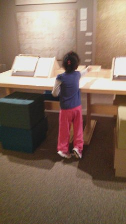 Fitchburg Art Museum: Nice activity for kids.