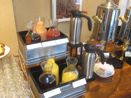 The New Yorker A Wyndham Hotel: Juices