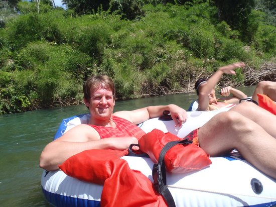 Cave Tubing R Us: Nice Tubes!