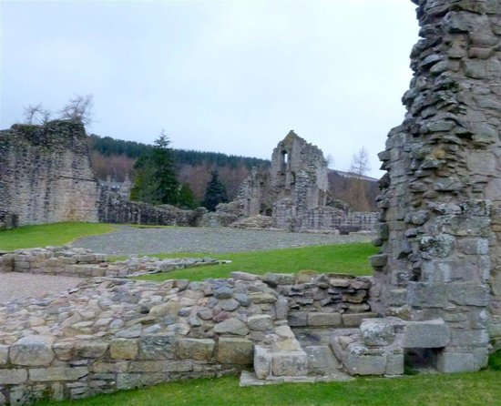 Kildrummy Castle Hotel: castle