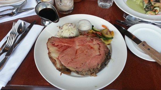 Haleiwa Joe's Seafood Grill : prime rib