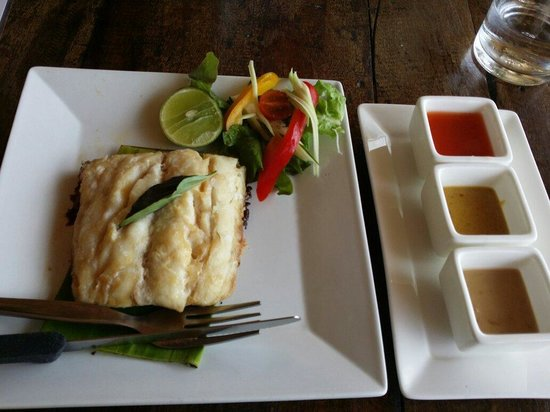 Fisherman's Restaurant & Bar: Baracuda fillet