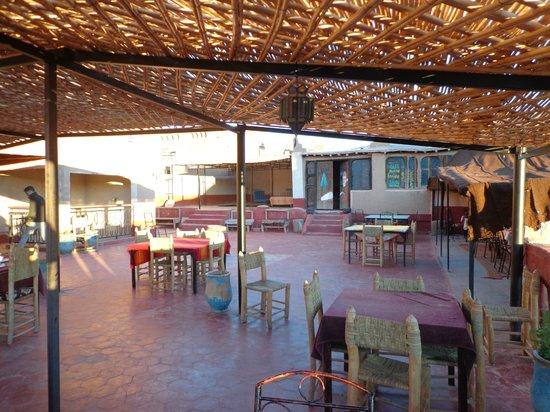 Auberge Chez Yacob : le petit dejeuner en terrasse un régal