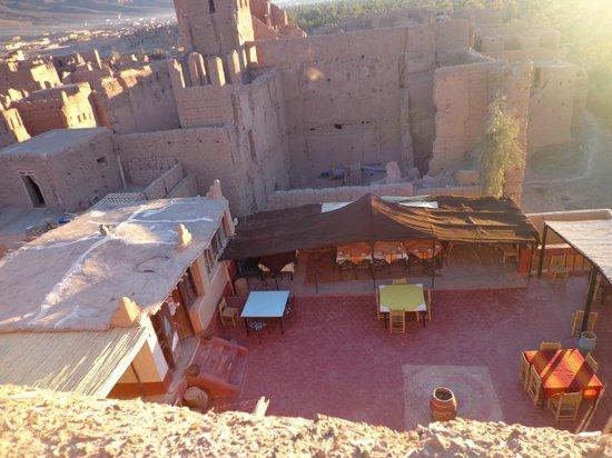 Auberge Chez Yacob : la terrasse ensolellée