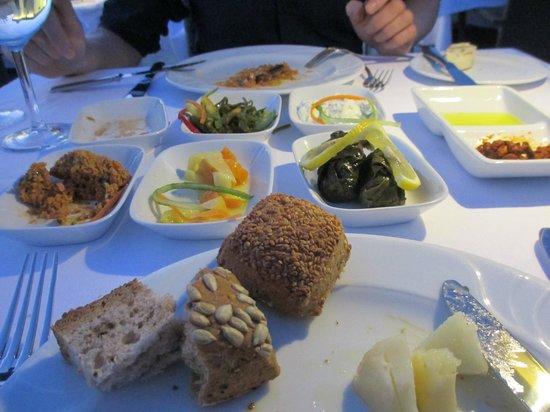 Sirkeci Mansion: Neyzade Restaurant: mezze