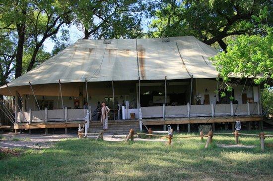 Sanctuary Stanley's Camp: Carpa de las zonas comunes