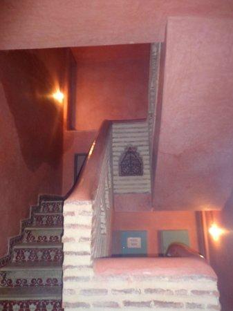 Hotel Salsabil : L'ESCALIER