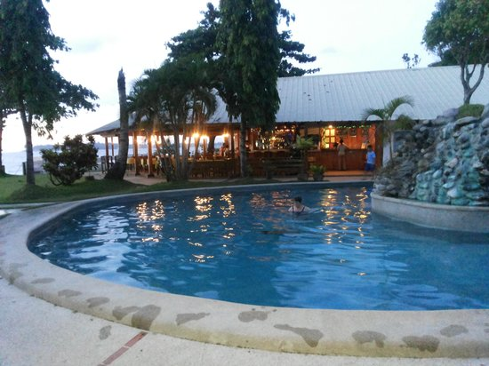 China Sea Beach Resort: view of the pool and resto